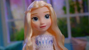 Disney Frozen II Magic in Motion Queen Elsa TV Spot, 'She Sings' - Thumbnail 8