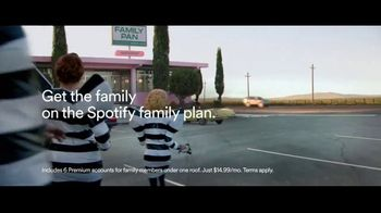 Spotify Premium TV Spot, 'Get the Family On' Song by Leikeli47 - Thumbnail 8