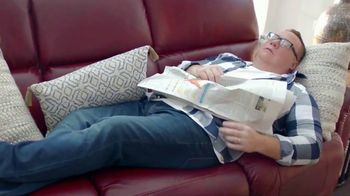 La-Z-Boy Early Black Friday Savings Event TV Spot, 'Recliners and 0% Interest' - Thumbnail 2