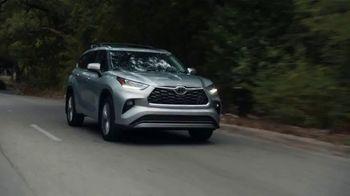 2021 Toyota Highlander TV Spot, 'Time for a Change' [T2] - Thumbnail 1