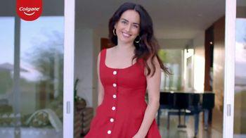 Colgate Renewal TV Spot, 'Ana de la Reguera revitaliza su sonrisa con la pasta de dientes para las encías' [Spanish] - Thumbnail 5