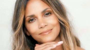 Finishing Touch Flawless Brows TV Spot, 'Be You' Featuring Halle Berry - Thumbnail 1
