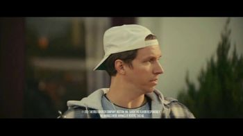 Samuel Adams Wicked Hazy IPA TV Spot, 'Your Cousin From Boston Frees the Horses' Feat. Gregory Hoyt - Thumbnail 4