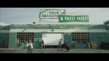 Fiverr Super Bowl 2021 TV Spot, 'Opportunity Knocks'