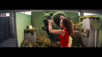 Squarespace Super Bowl 2021 TV Spot, '5 to 9 by Dolly Parton' - Thumbnail 6