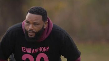 T-Mobile Super Bowl 2021 TV Spot, 'Team Anthony Anderson vs. Team Mama' Featuring Travis Kelce - Thumbnail 5