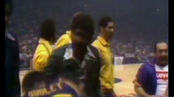 The Undefeated TV Spot, '1975 NBA Finals' - Thumbnail 8
