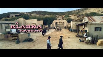 Klarna Super Bowl 2021 TV Spot, 'The Four Quarter-Sized Cowboys' Featuring Maya Rudolph - Thumbnail 1