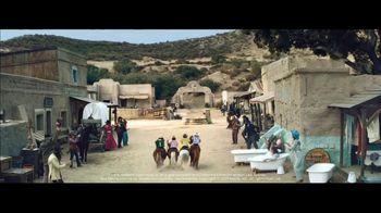 Klarna Super Bowl 2021 TV Spot, 'The Four Quarter-Sized Cowboys' Featuring Maya Rudolph - Thumbnail 10