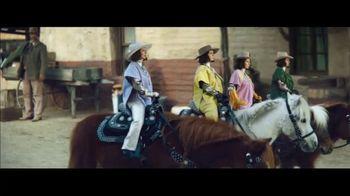 Klarna Super Bowl 2021 TV Spot, 'The Four Quarter-Sized Cowboys' Featuring Maya Rudolph - Thumbnail 2