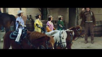 Klarna Super Bowl 2021 TV Spot, 'The Four Quarter-Sized Cowboys' Featuring Maya Rudolph - Thumbnail 3