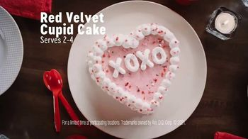 Dairy Queen Red Velvet Cupid Cake TV Spot, 'A Valentine's Night In' - Thumbnail 3