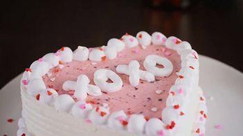 Dairy Queen Red Velvet Cupid Cake TV Spot, 'A Valentine's Night In'