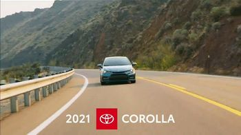 2021 Toyota Corolla TV Spot, 'Road Trip: Connected' Ft. Ethan Erickson, Danielle Demski [T2] - Thumbnail 3
