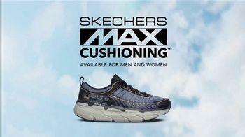 SKECHERS MAX Cushioning Super Bowl 2021 TV Spot, 'To the Max' Featuring Tony Romo, Candice Romo - Thumbnail 9