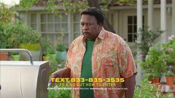 Scotts Miracle-Gro Super Bowl 2021 TV Spot, 'Keep Growing' Featuring Martha Stewart, Leslie David Baker - Thumbnail 5