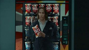 Doritos 3D Crunch Super Bowl 2021, 'Flat Matthew' Featuring Matthew McConaughey, Song by Queen - Thumbnail 8