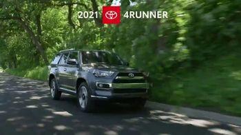 2021 Toyota 4Runner TV Spot, 'Road Trip: Anywhere' Ft. Ethan Erickson, Danielle Demski [T2] - Thumbnail 1