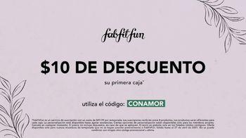 FabFitFun Spring Box TV Spot, 'Registrarse: cama desinfectante UV, pantuflas' [Spanish] - Thumbnail 6