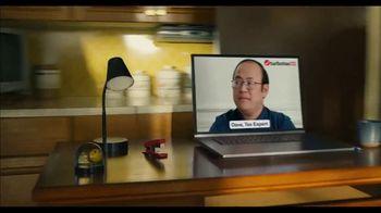 TurboTax Live Basic Super Bowl 2021 TV Spot, 'Freeloader' - Thumbnail 5
