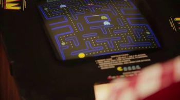 Pizza Hut Tastemaker Super Bowl 2021 TV Spot, 'Dots' Featuring Craig Robinson - Thumbnail 3