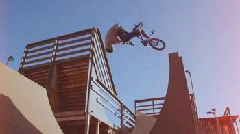 Monster Energy TV Spot, 'Dream Yard 4'  Featuring Pat Casey, Song by Fox and The Law - Thumbnail 9