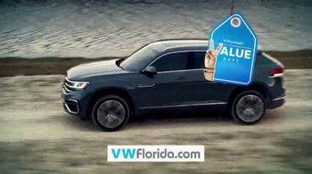 Volkswagen Value Days TV Spot, 'Even More Value' [T2] - Thumbnail 7