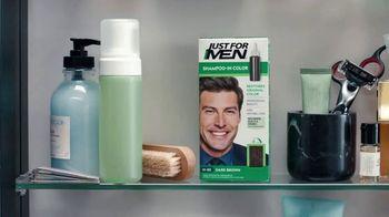 Just For Men Shampoo-In Color TV Spot, 'Es hora de refrescarse' [Spanish] - Thumbnail 4