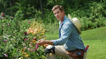Frank's RedHot Super Bowl 2021 TV Spot,  'Free Time' Featuring Eli Manning - Thumbnail 1
