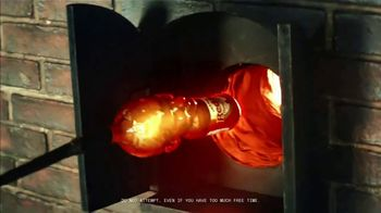 Frank's RedHot Super Bowl 2021 TV Spot,  'Free Time' Featuring Eli Manning - Thumbnail 6