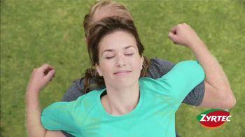 Zyrtec Super Bowl 2021 TV Spot, 'Awkward Positions'