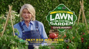 Scotts Dream Lawn and Garden Giveaway TV Spot, 'Martha Stewart Gardening: Keep Growing' - Thumbnail 10