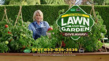 Scotts Dream Lawn and Garden Giveaway TV Spot, 'Martha Stewart Gardening: Keep Growing' - Thumbnail 9