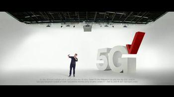 Verizon TV Spot, 'Ridiculously Fast: Samsung Galaxy S21+ 5G' - Thumbnail 3