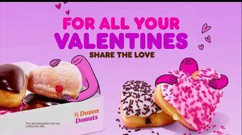 Dunkin' TV Spot, 'Valentine's Day: Share the Love' - Thumbnail 4