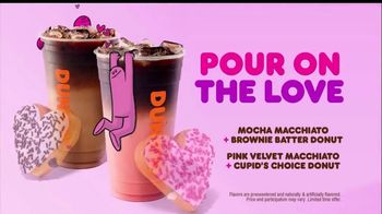 Dunkin' TV Spot, 'Valentine's Day: Share the Love' - Thumbnail 7