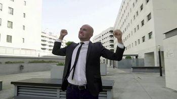 Skull Shaver Pitbull TV Spot, 'Bald Guys' - Thumbnail 2