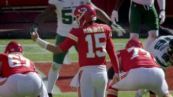 Bose QuietComfort Earbuds TV Spot, 'NFL: Patrick Mahomes: More Than Touchdowns' - Thumbnail 4
