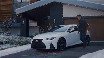 Lexus December to Remember Sales Event TV Spot, \'Driveway Moments: Peace and Joy\' [T2]