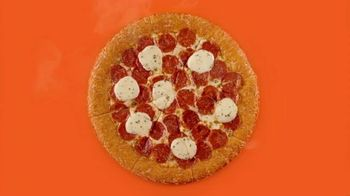 Little Caesars Pizza Pepperoni Cheeser! Cheeser! TV Spot, 'Tienes lo que quiero' [Spanish] - Thumbnail 1