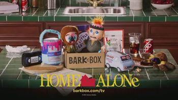 BarkBox Home Alone Box TV Spot, 'Toys, Treats and Mischief' - Thumbnail 10