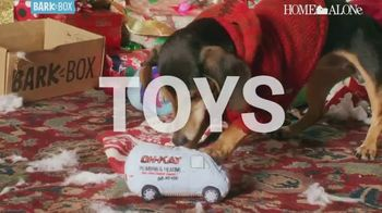 BarkBox Home Alone Box TV Spot, 'Toys, Treats and Mischief' - Thumbnail 5