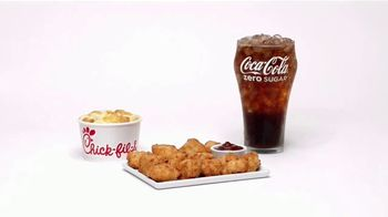 Chick-fil-A TV Spot, 'The Little Things: Ayesha and Brian: Coca-Cola' - Thumbnail 6