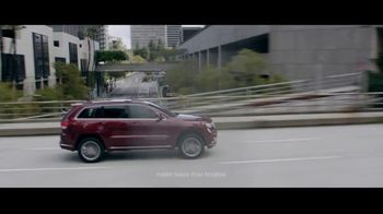 Jeep Black Friday Sales Event TV Spot, 'What Makes Jeep' [T2] - Thumbnail 2