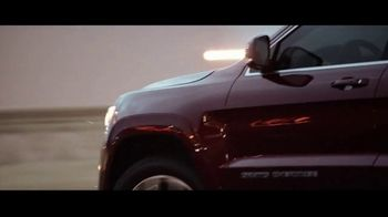 Jeep Black Friday Sales Event TV Spot, 'What Makes Jeep' [T2] - Thumbnail 6