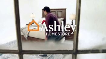 Ashley HomeStore Black Friday Mattress Sale TV Spot, 'Save up to $800' - Thumbnail 1