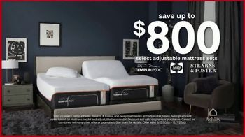 Ashley HomeStore Black Friday Mattress Sale TV Spot, 'Save up to $800' - Thumbnail 2