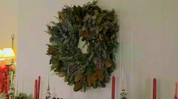 Etsy TV Spot, 'HGTV: Making the Holidays Personal' Featuring Erin Napier - Thumbnail 3