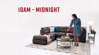 Ashley HomeStore Black Wednesday TV Spot, 'Huge Savings' - Thumbnail 2