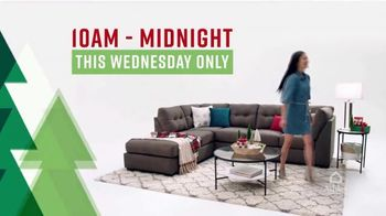Ashley HomeStore Black Wednesday TV Spot, 'Huge Savings' - Thumbnail 3